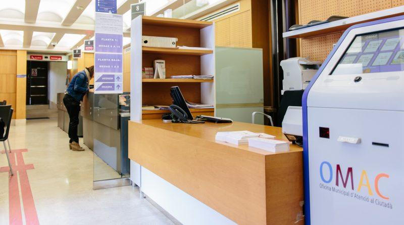 Las oficina de la OMAC de la Plaça de Baix volverá a abrir los miércoles por la tarde después de verano